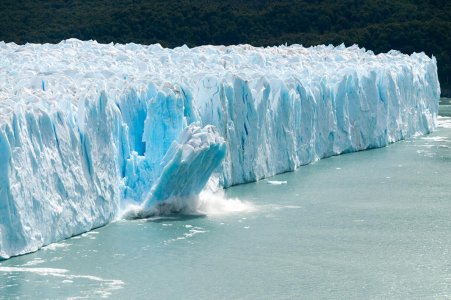 Clima: dal 1994 persi 28 trilioni di tonnellate di ghiaccio