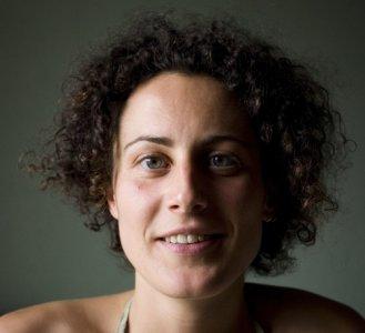 Elisa Nicoli, L'erba del vicino: per dare del 'tu' a prati e boschi