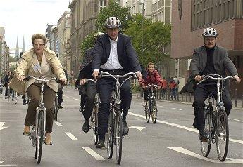 Tutti in bici a scuola e a lavoro per il 'Giretto d'Italia'