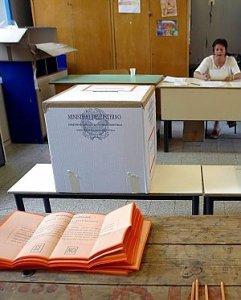 Referendum, lo strano caso degli italiani che votano all'estero