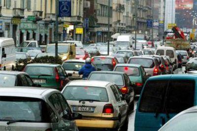 ISPRA: inquinamento atmosferico e frane le minacce più gravi per l'Italia