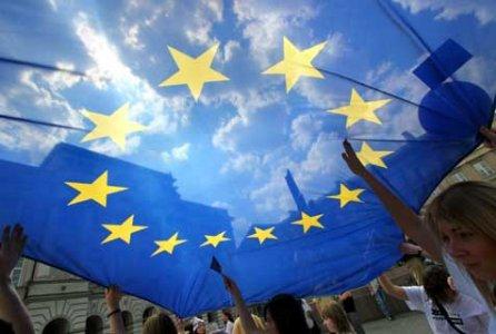 Traffico aereo: l'UE propone lo scambio di emissioni dal 2012