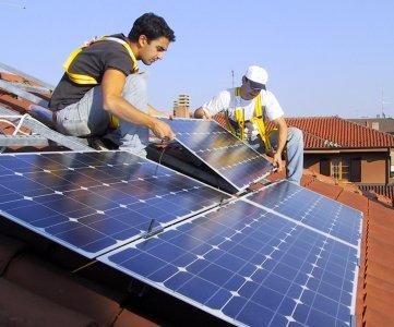 Fotovoltaico, dalla produzione domestica fino al 45% del fabbisogno