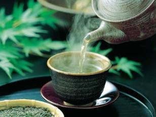La contaminazione nucleare dovuta al disastro di Fukushima segna la fine  della cultura del tè verde giapponese  Difficile sostenere che sia così 548243be0b7