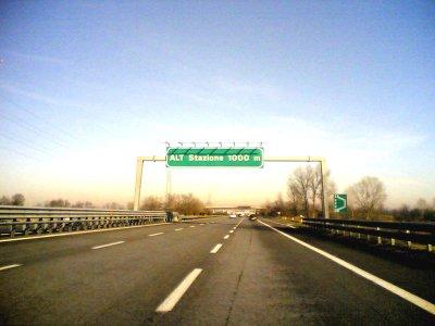 Un futuro d'asfalto? Autostrade e alta velocità