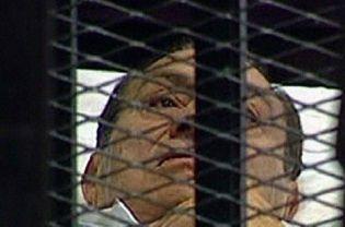 Egitto: si apre il processo a Hosni Mubarak