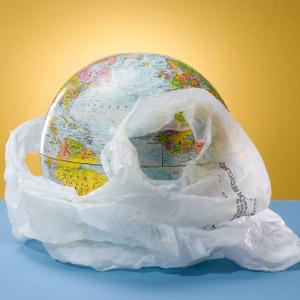 Il governo conferma: da gennaio 2011 addio ai sacchetti di plastica