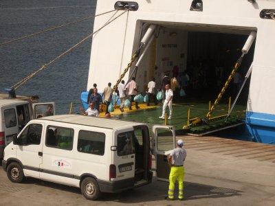 I diari di Lampedusa. Seconda parte – La regia dell'emergenza