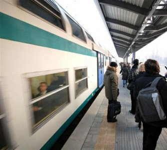 Manovra economica: gli effetti dei tagli sul trasporto pendolare
