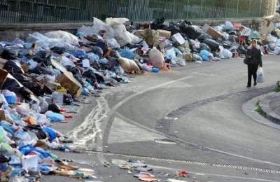 Rifiuti in Campania: l'Unione europea minaccia nuove sanzioni