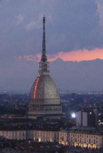 Torino, la città più inquinata. Lo confermano Legambiente e Aci