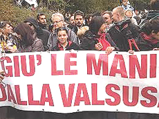 Val Susa, messaggio all'Italia: no al debito, tagliamo la Tav