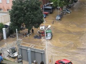 Alluvioni: le 'autorità' e le autoritarie leggi della natura