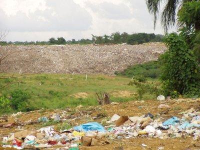 Calabria: 'Mo basta!' con il commissariamento dei rifiuti