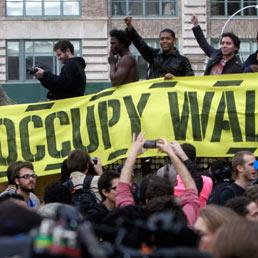 Occupy WS, continua la protesta. Roberto Saviano al Zuccotti Park