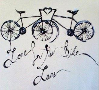 Bike love lane: quando l'amore corre sulle piste ciclabili