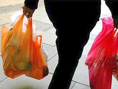 La norma sugli shopper ecologici sparisce dal decreto Milleproroghe