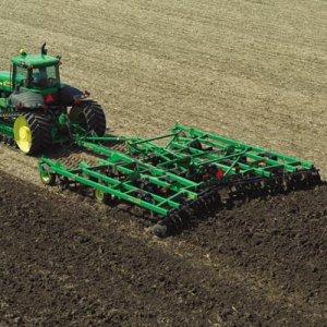 Agricoltura: a chi finiranno le terre pubbliche?