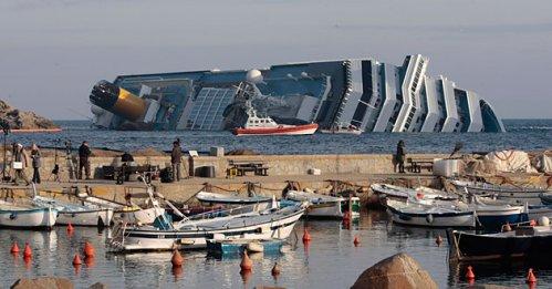 Costa Concordia, rifiuti pericolosi in mare