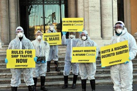 Greenpeace a Corrado Passera: