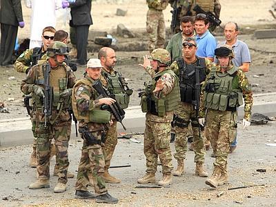 Governo Monti: nuovi finanziamenti per le missioni di guerra