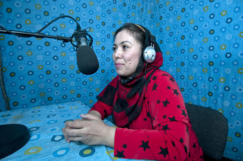 Mobina, in lotta a 'Mani aperte' per i diritti delle donne afghane