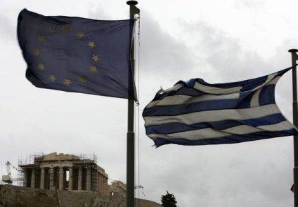 Grecia, partono gli aiuti. Ma a salvarsi è solo la troika