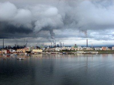 Ilva di Taranto, continua l'inchiesta sul maxi-colosso dell'acciaio tossico