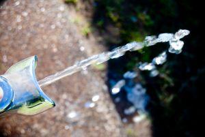 Acqua pubblica. Parte la petizione contro la grande multiutility del Nord