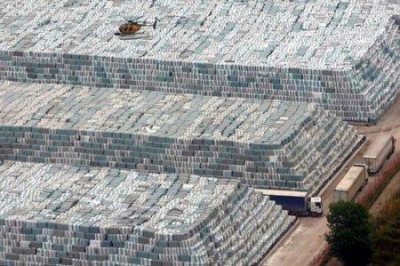 Il piano Clini per i rifiuti?  Bruciarli nei cementifici