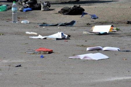 Bomba a Brindisi davanti a una scuola. L'utilità della tensione