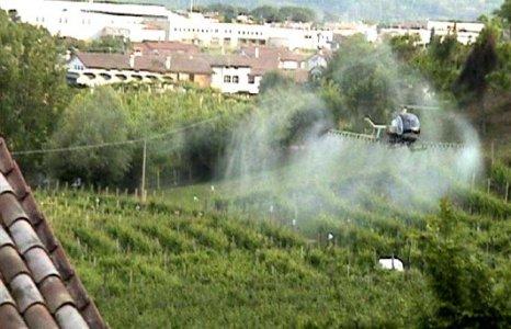 Difendersi dai pesticidi? Medici e associazioni lanciano un manuale