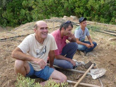 Incontro con John Button, permacultura e rigenerazione in Sicilia
