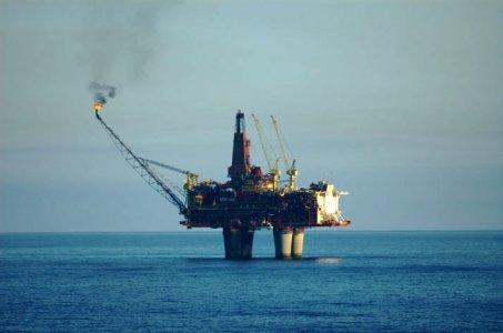 Petrolio: a Brindisi ripartono le attività estrattive