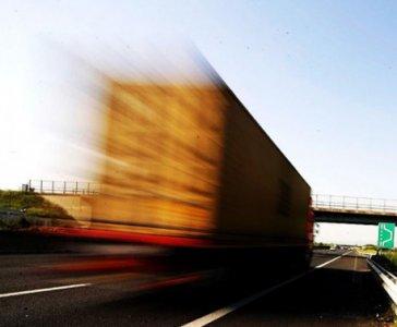 """""""Fai meno strada"""", la decrescita dei trasporti su gomma"""