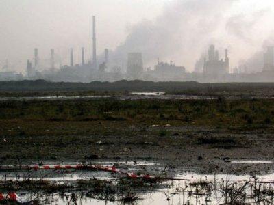 Polo petrolchimico Ravenna, chiusa l'inchiesta per le morti da amianto
