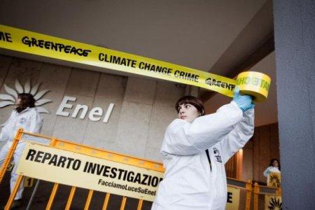Carbone, Enel tenta di censurare la protesta di Greenpeace