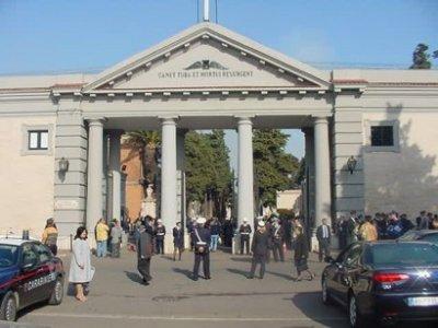 ILVA: a Taranto è vietato perfino seppellire i defunti