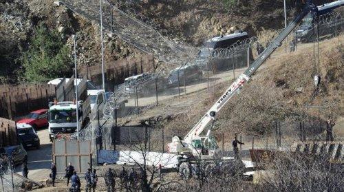 Tav in Val di Susa, attacco al cantiere e attacchi mediatici