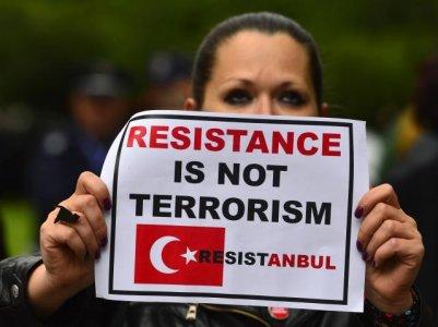 """Turchia in rivolta. """"Violenza della polizia fuori dall'ordinario"""""""