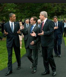 Il mondo è al collasso, ma il G8 pensa ai mercati