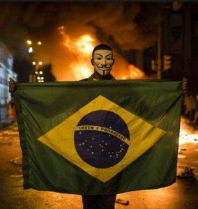 In Brasile continua la protesta: complotto o voglia di cambiamento?