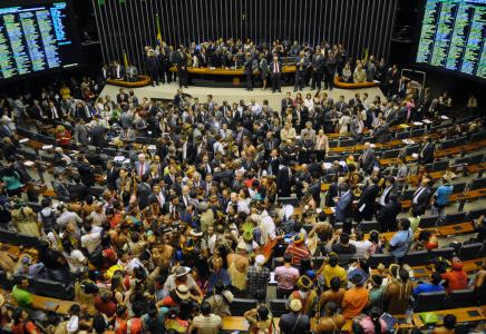Brasile: le proteste indigene si fanno più intense