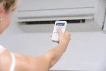 Condizionatori: la temperatura non deve scendere sotto i 24°