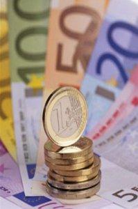 I debiti degli italiani e le cause della crisi economica