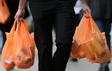 Riduzione buste di plastica: Commissione Ue lancia direttiva