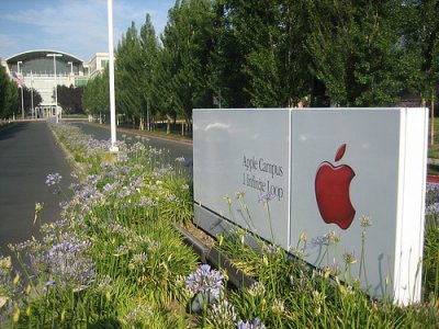 Milioni di bambini iPhone-dipendenti: lettera aperta alla Apple