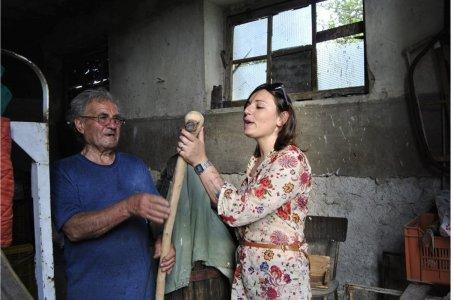 """Dall'ufficio contabilità alla """"Comunità dei braccianti"""": la sfida di Carmela"""