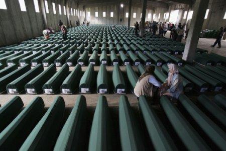 """Srebrenica nel documentario """"Una città tradita"""""""