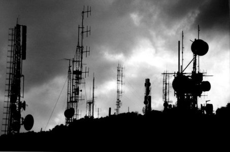Inquinamento elettromagnetico, l'appello di 190 scienziati all'Onu